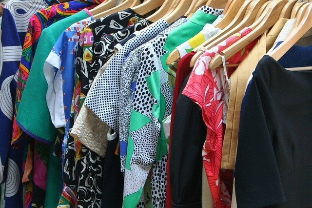 How to organise a clutter-free closet