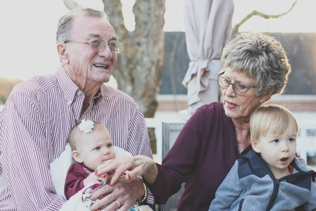 The secrets to improving relationships with elderly parents