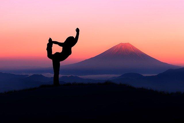 How yoga benefits health